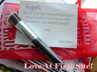 Sigma F80 Brush Review and Giveaway! (CLOSED)